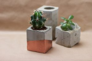 we love handmade concrete topf